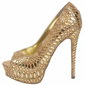 bebe Jonika Gold High Heel Shoes NIB Size 7